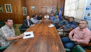 Prefeitura decreta emergência, reduz expediente e suspende aulas