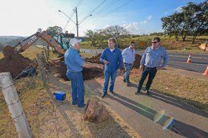 Prefeitura realiza obra para melhorar  abastecimento de água no Novo Wenzel