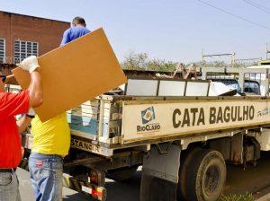 Em 4 meses, combate à dengue retirou 9 toneladas de lixo