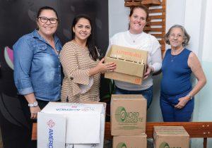 Fundo Social doa itens de  curativo para Lar Bethel