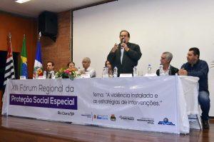 Fórum reúne trabalhadores sociais para discutir violência