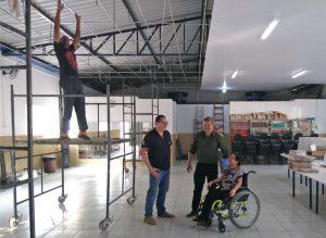 Prefeitura reforma centro  comunitário Beija-flor