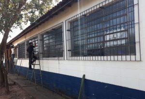Prefeitura reforça segurança  da Escola Mitiko Nevoeiro
