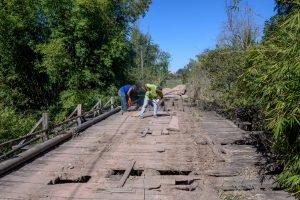 Por segurança, ponte de Batovi está sendo removida