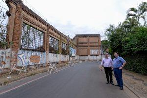 Antigo paredão da Fepasa será diminuído
