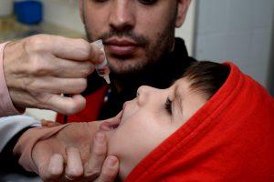 RC ultrapassa a meta e vacina quase 9 mil crianças contra pólio e sarampo