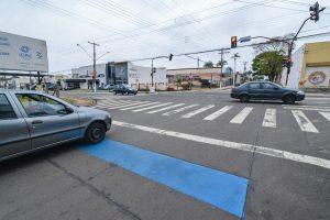 Semáforos com sensores deixam  trânsito de RC mais dinâmico e seguro