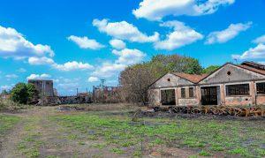 Grande ação de limpeza  em área da antiga ferrovia
