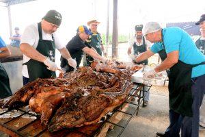 Porco à paraguaia de domingo  terá adesões no Sobradão