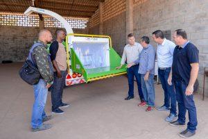 Prefeitura vai economizar 300  mil com triturador de galhos