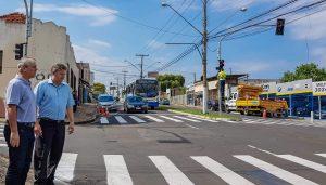 Novos semáforos reorganizam  trânsito na Rua 14 com Avenida 5