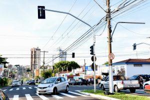 Semáforos na Rua 14 com Avenida 5  entram em operação nesta 4ª-feira