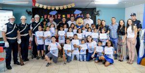Alunos da Escola Dennizard Machado  recebem certificados do Geduc