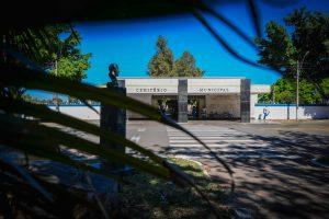 Portões do cemitério municipal de RC  abrem às 6 horas neste Dia de Finados