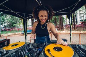 Sexta e sábado tem oficina  de DJ no CEU Mãe Preta