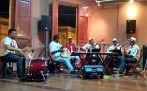 Grupo Araponga apresenta samba  de raiz no Casarão da Cultura