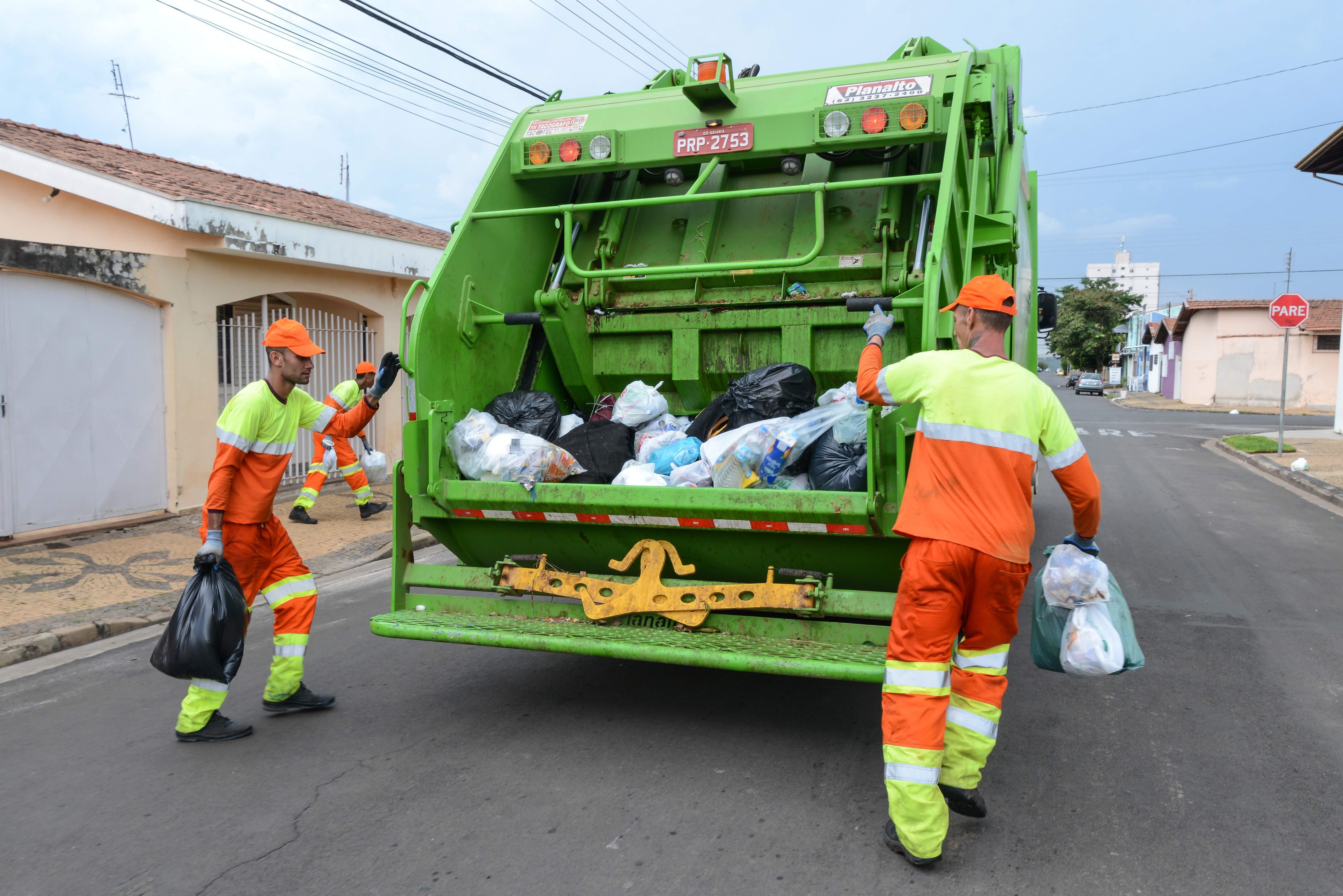 Na terça-feira de ano novo não haverá  coleta de lixo em Rio Claro