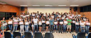 180 alunos recebem certificados de cursos de qualificação profissional