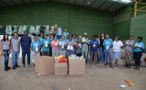 Fundo Social presenteia cooperativa de reciclagem