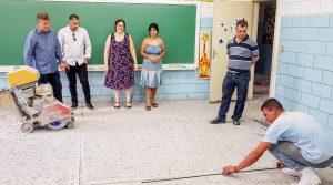 Prefeitura realiza melhorias no Novo  Wenzel, Bonsucesso e Bom Retiro